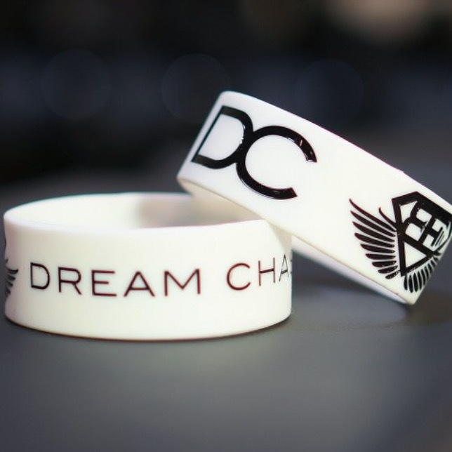 BODY ENGINEERS Dream Chaser Bracelet – White
