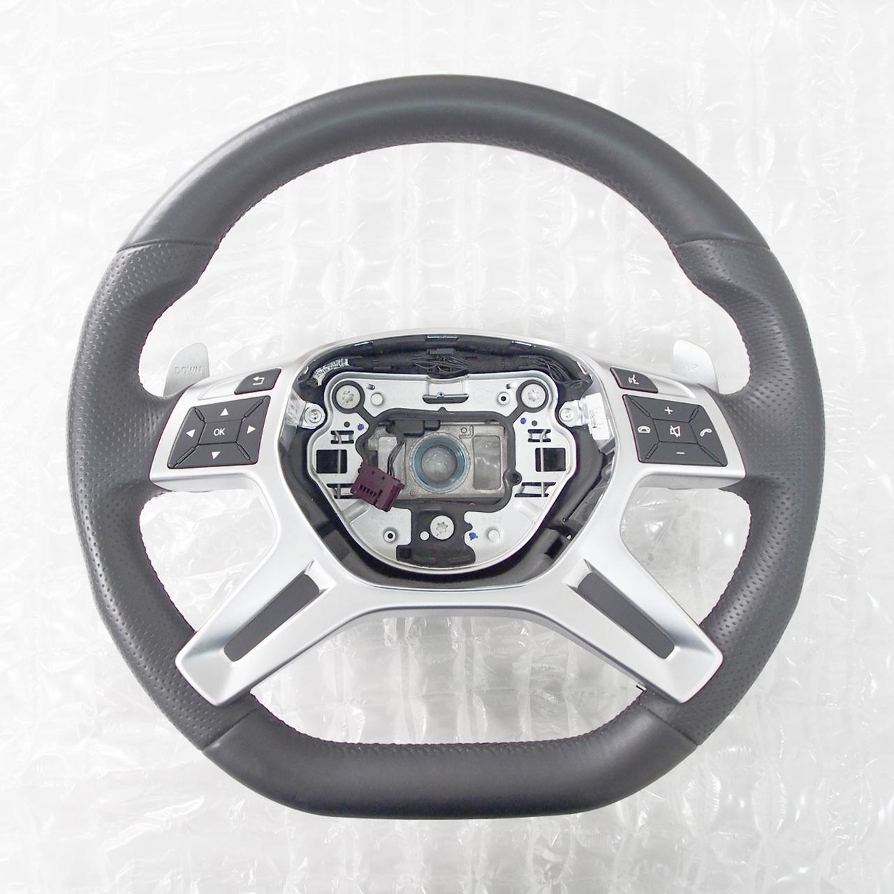 Mercedes-Benz AMG パフォーマンスステアリング ※中古品