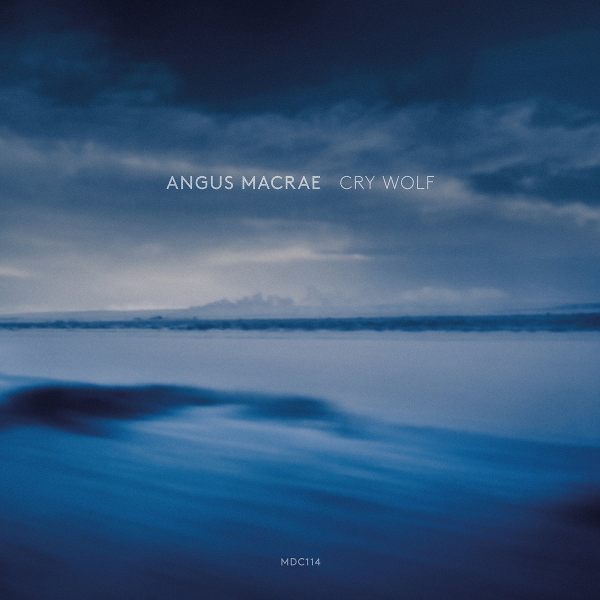 Angus MacRae『Cry Wolf』(1631recordings)