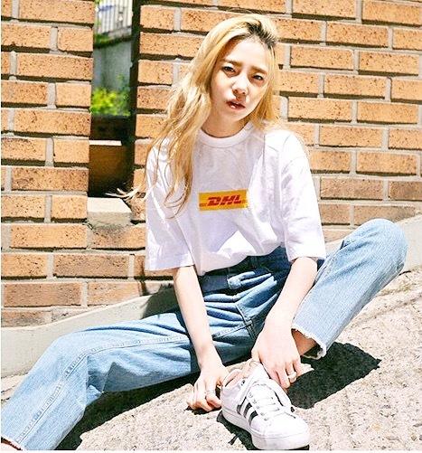 DHL ロゴ Tシャツ