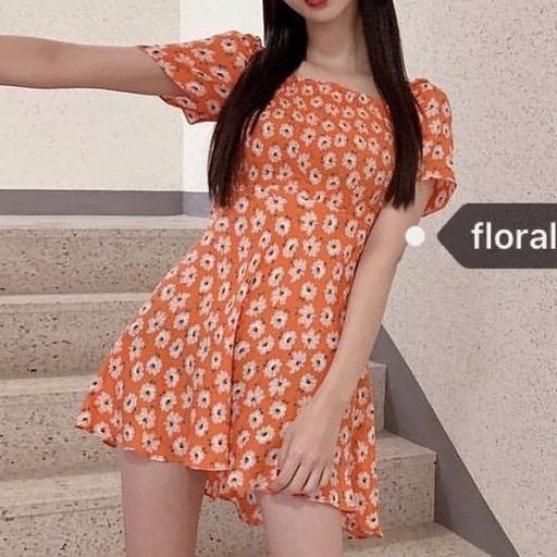 お花フィットフレアドレス