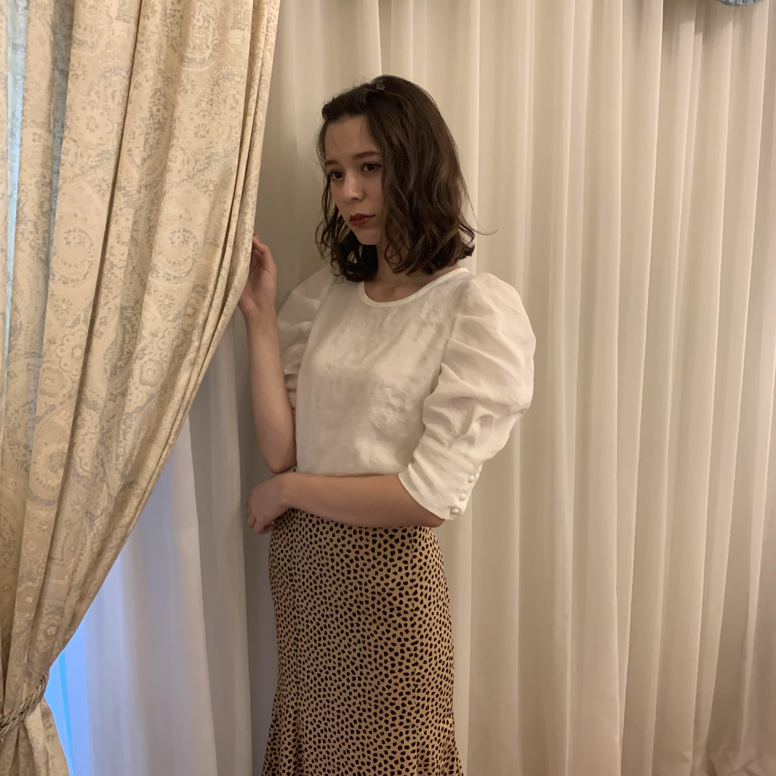 cuffs puff blouse