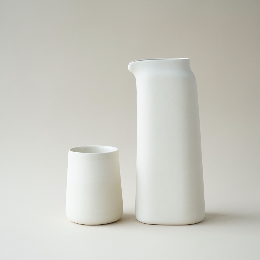 Oscar Kwong / pitcher set