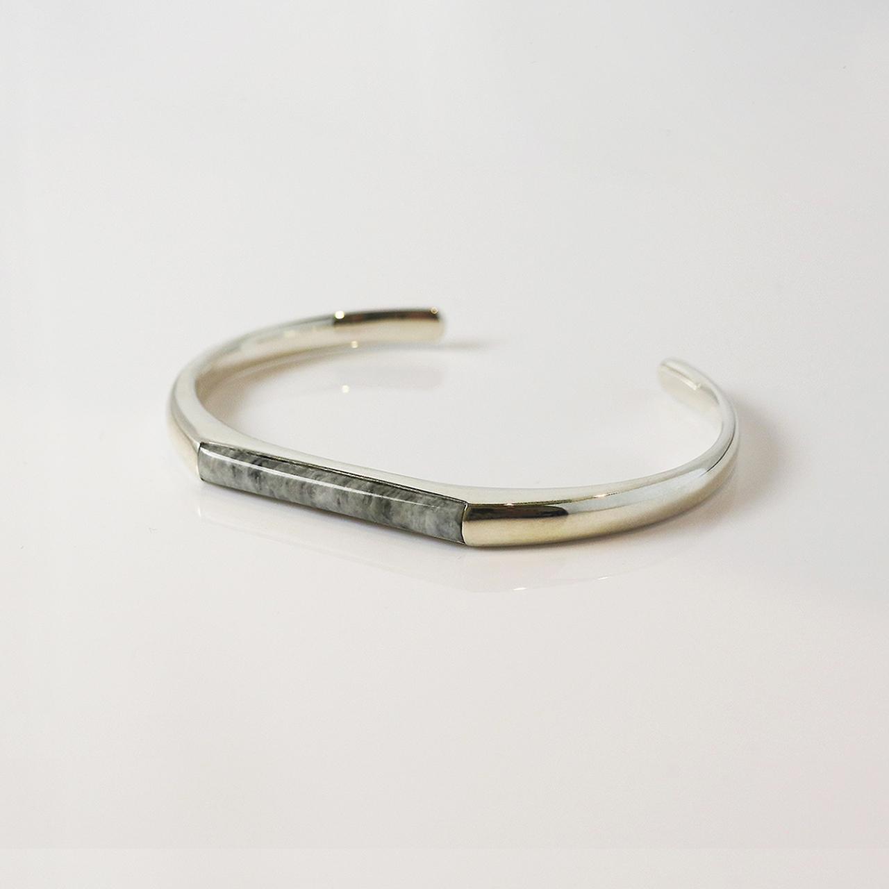 HISUI 'SHIKAKU'  / Bracelet (Grey)