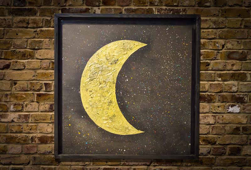 Moon neo
