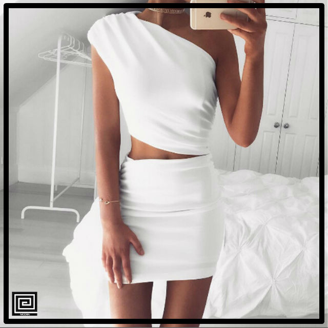 ホワイトワンショルダーツーピースドレス