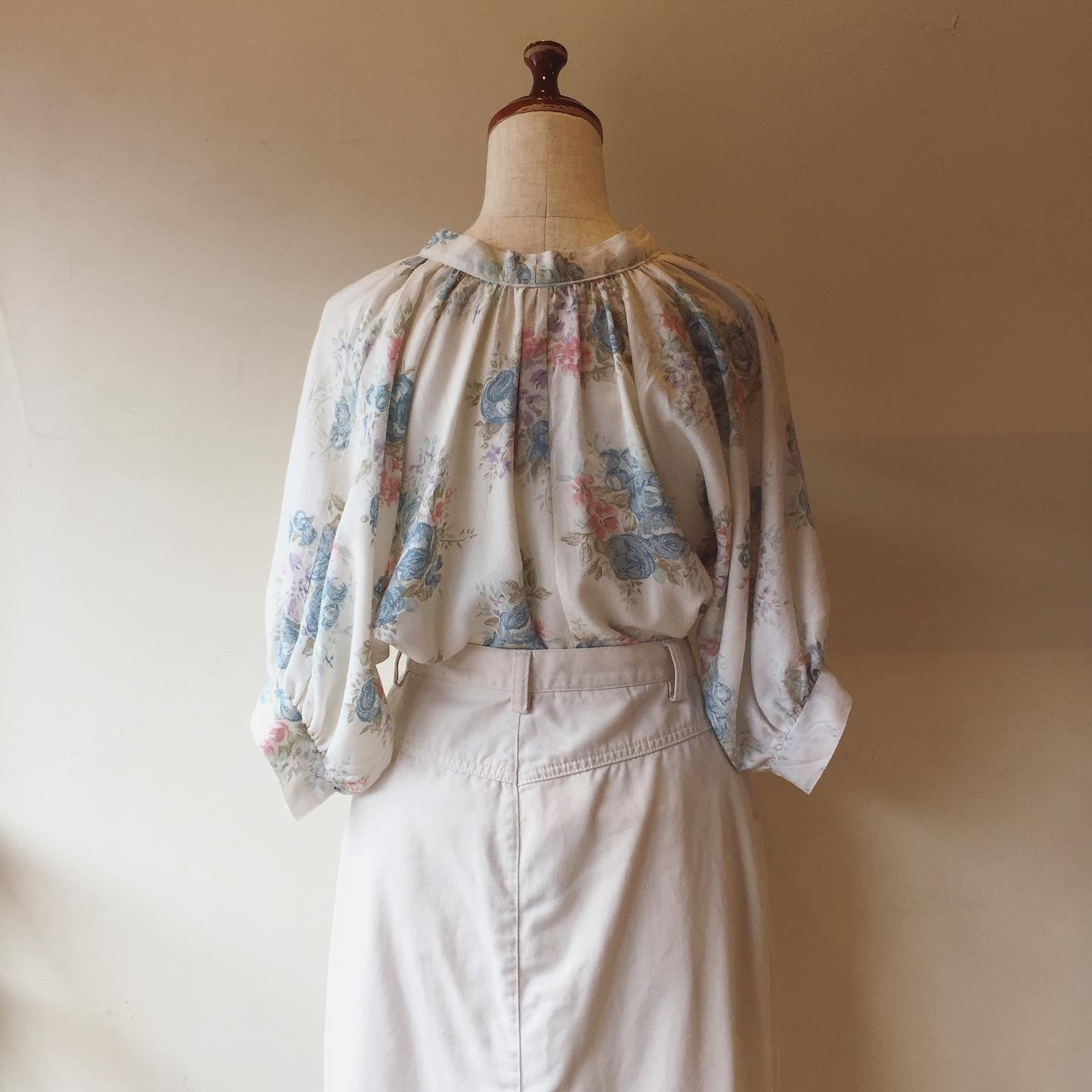 vintage flower wide sleeve tops