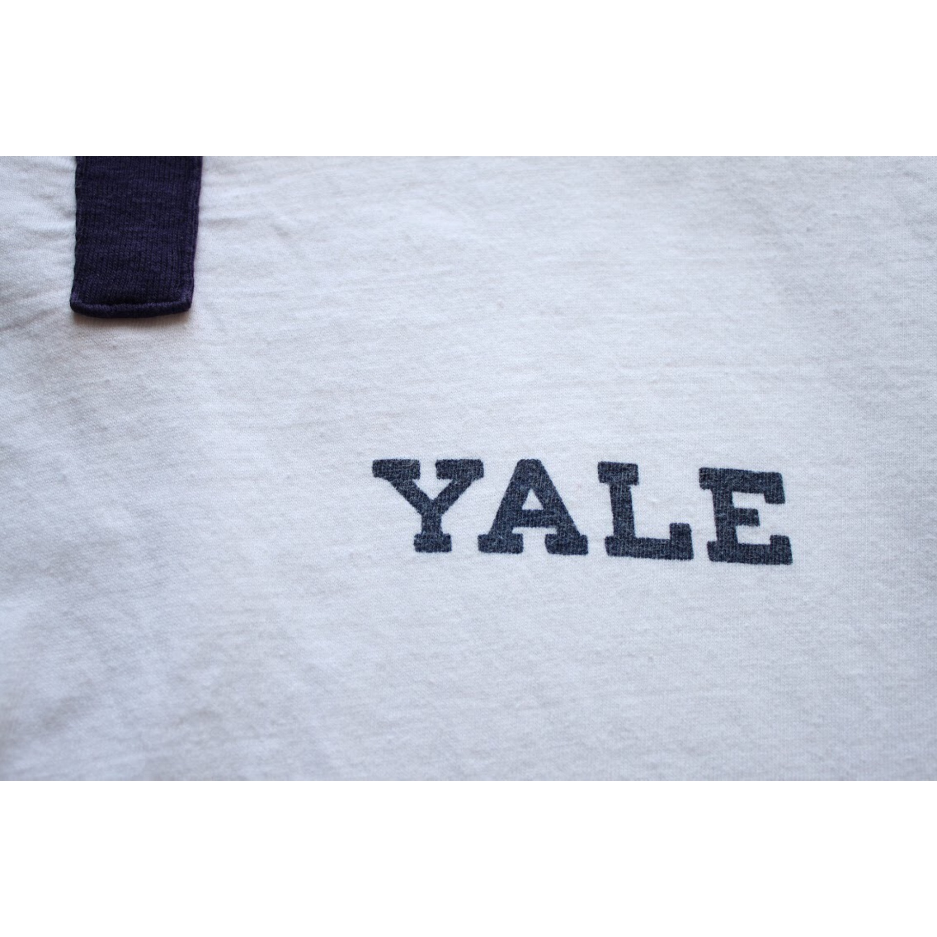 "Vintage one point ""YALE"" t shirt"