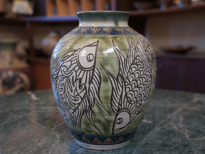 魚紋の壺 金城陶器秀陶房 やちむん