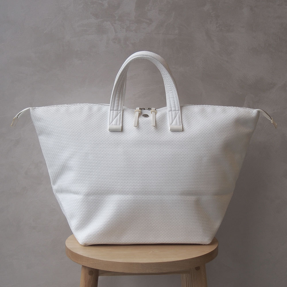CaBas N°32-Bowler bag medium Pure white