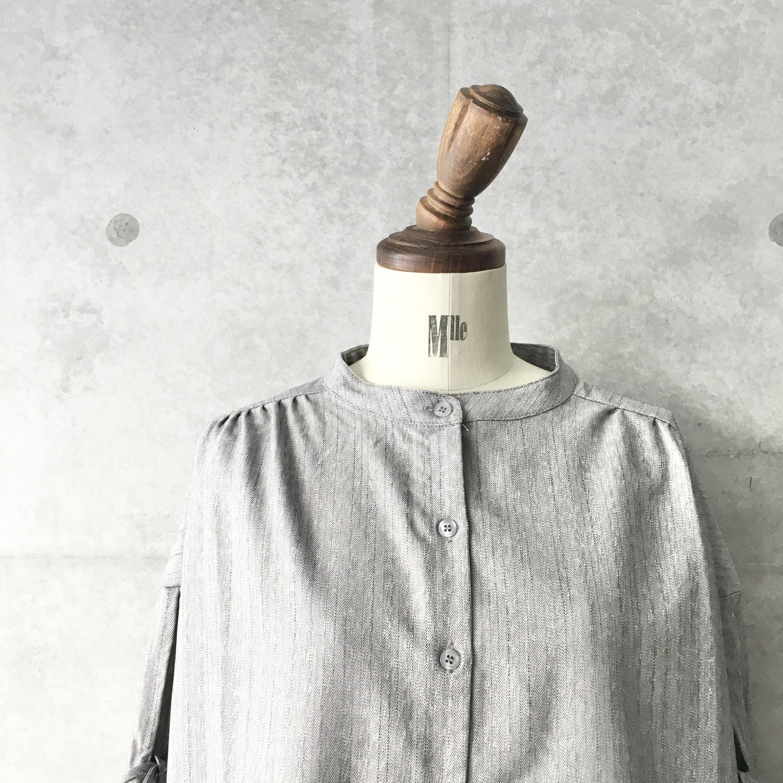 袖リボンストライプ柄バンドカラーシャツ