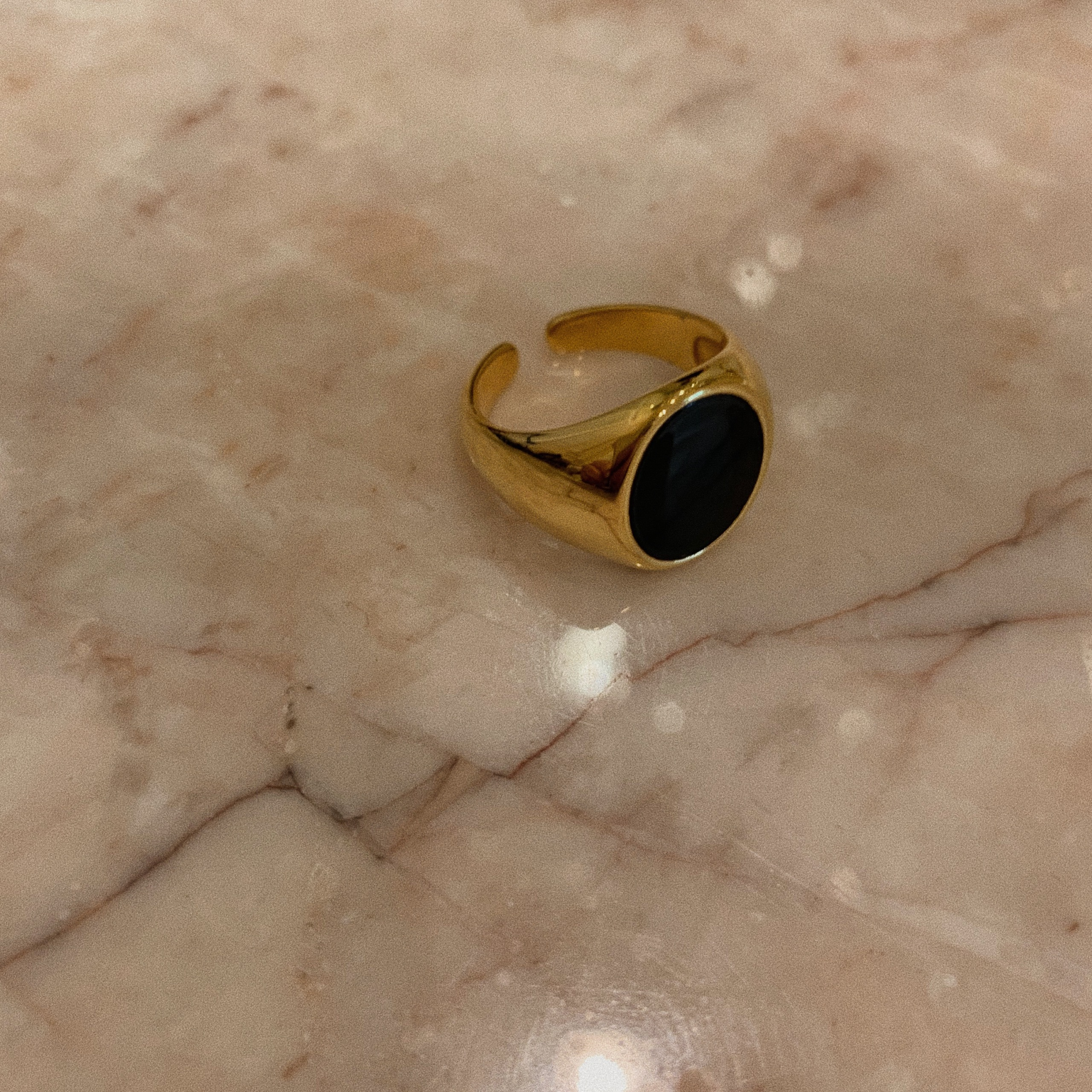 gold ring(stone)