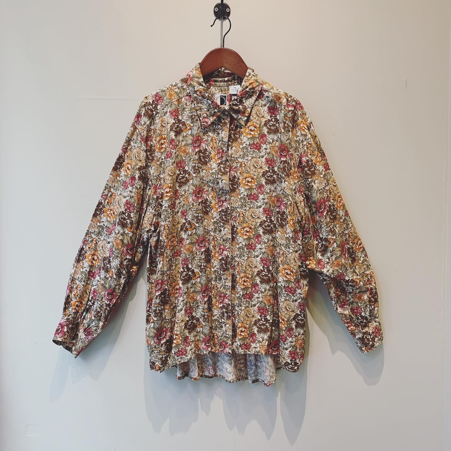 【SALE】vintage design tops