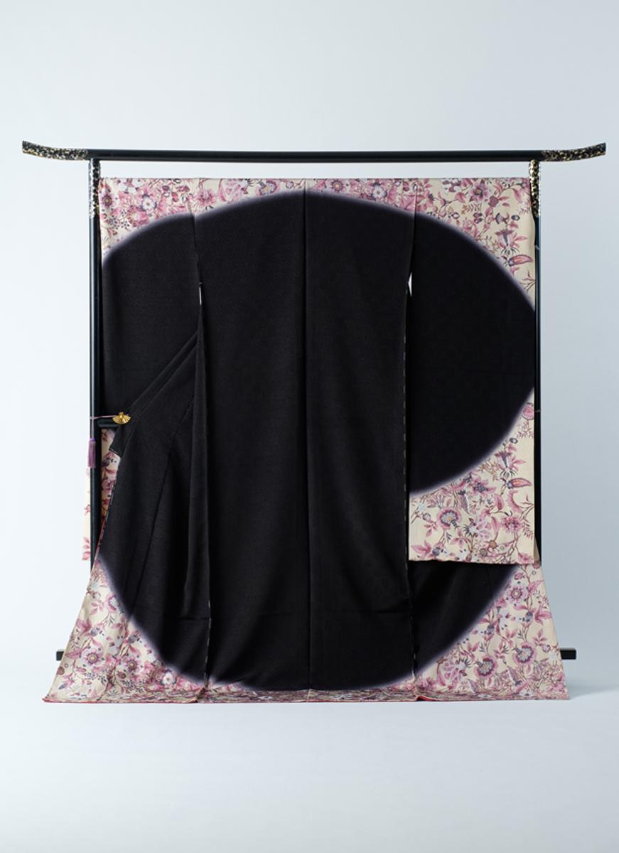 振袖 黒 紫 モダン柄 華やか 仮仕立て