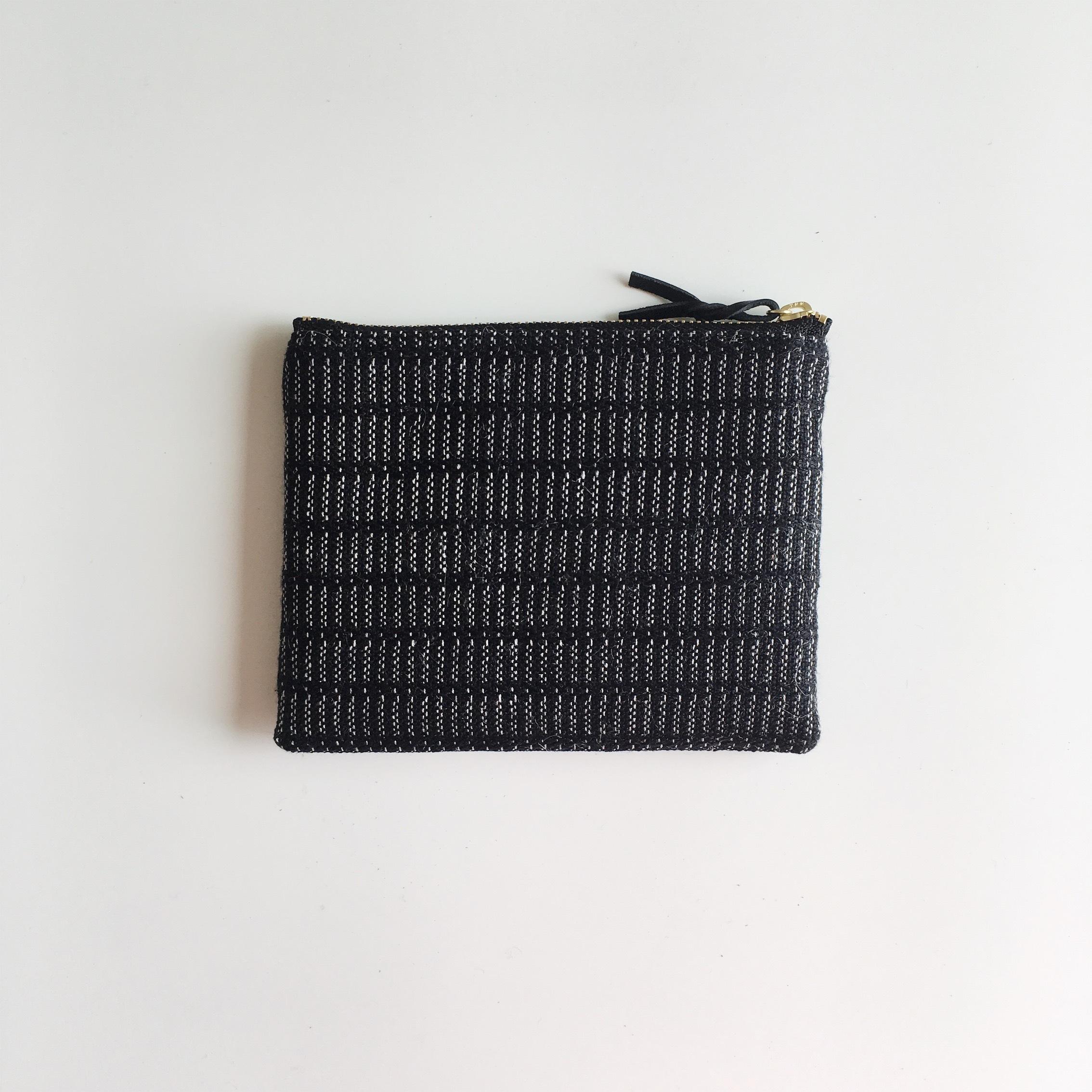 手織りミニポーチ(Accessory case 14cm Black Alinea)