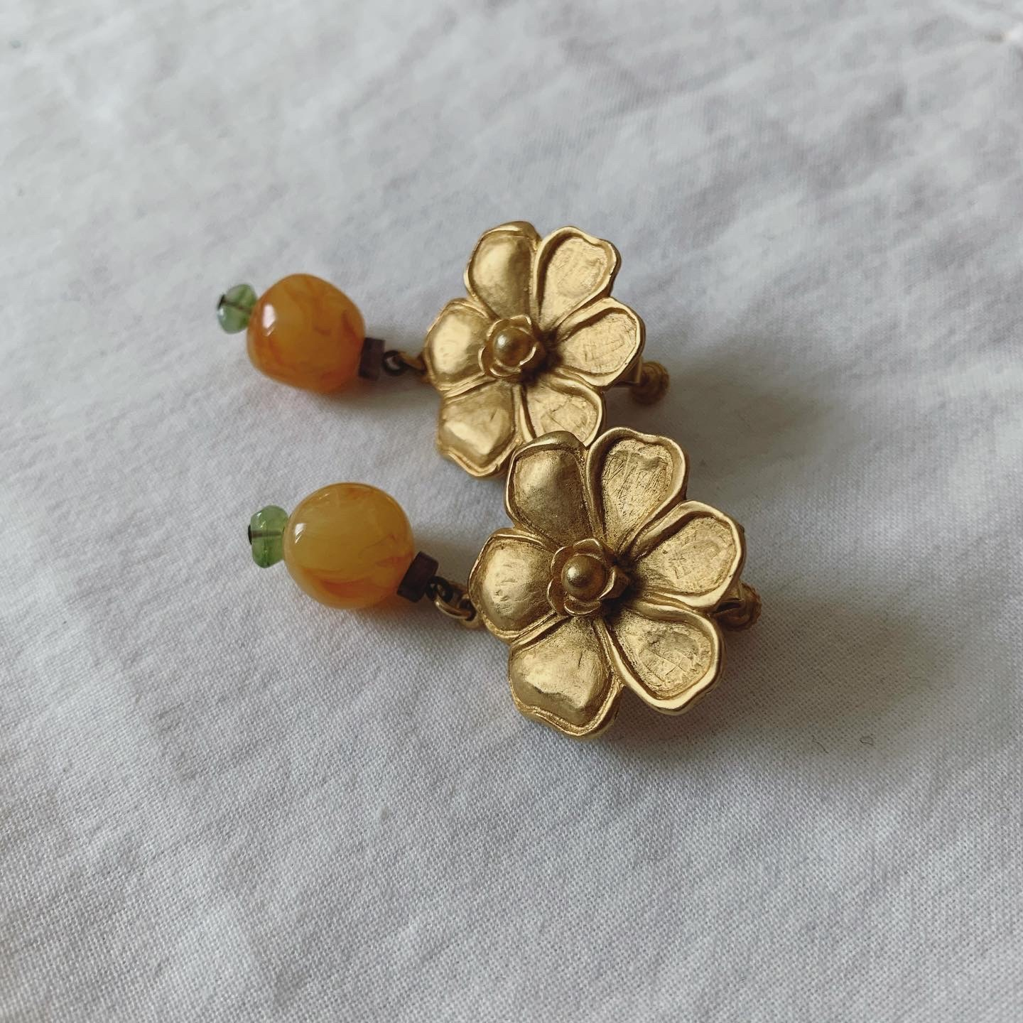 vintage flower earring