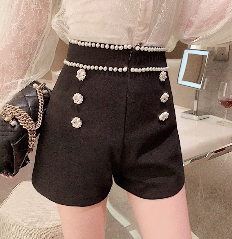 pearl waist line short pants