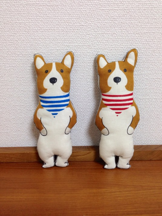 コーギーちゃん 赤or青(バンダナカラー)をお選びください