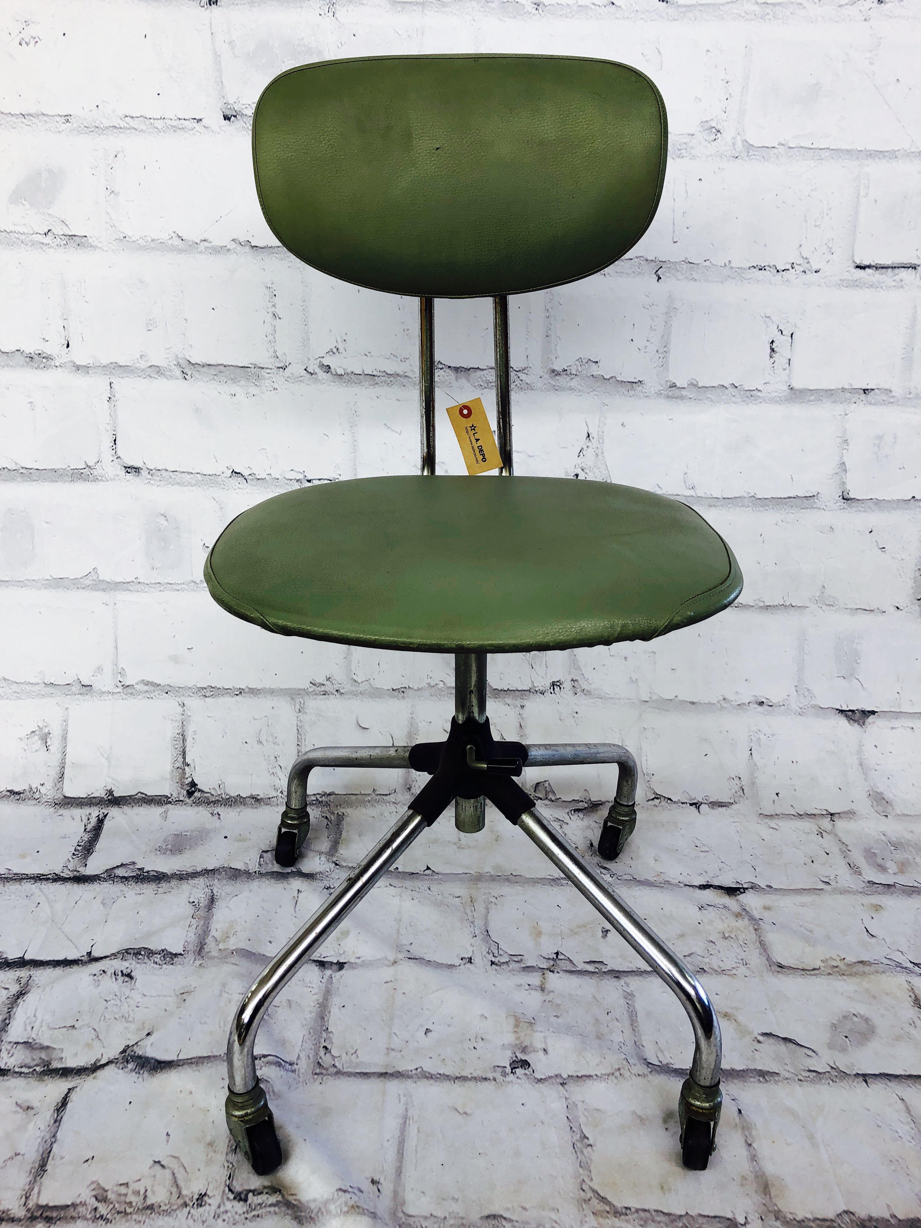 品番0815 チェア オフィスチェア Clipper(クリッパー) 椅子 背もたれ付き キャスター付き モスグリーン インテリア ディスプレイ ヴィンテージ