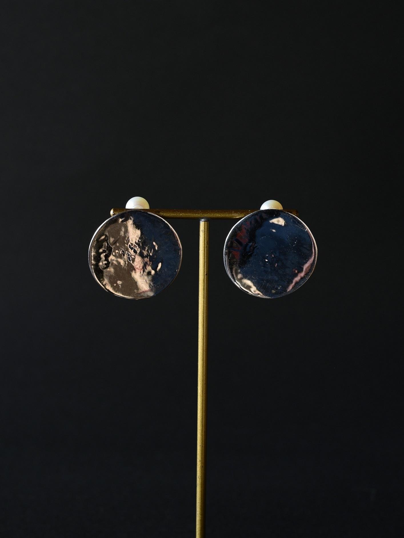 accessories mau|p64 円ピアス silver