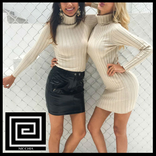 タートルネックロングニットセータードレス