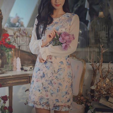 花柄 ワンピースドレス 長袖 キャンディスリーブ 華やか 透け感 エレガント フェミニン お呼ばれコーデ お食事会 イベント ブルー系