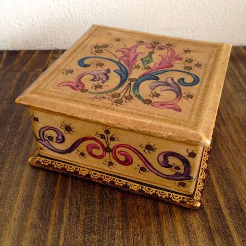Vintage Papier Mache Box