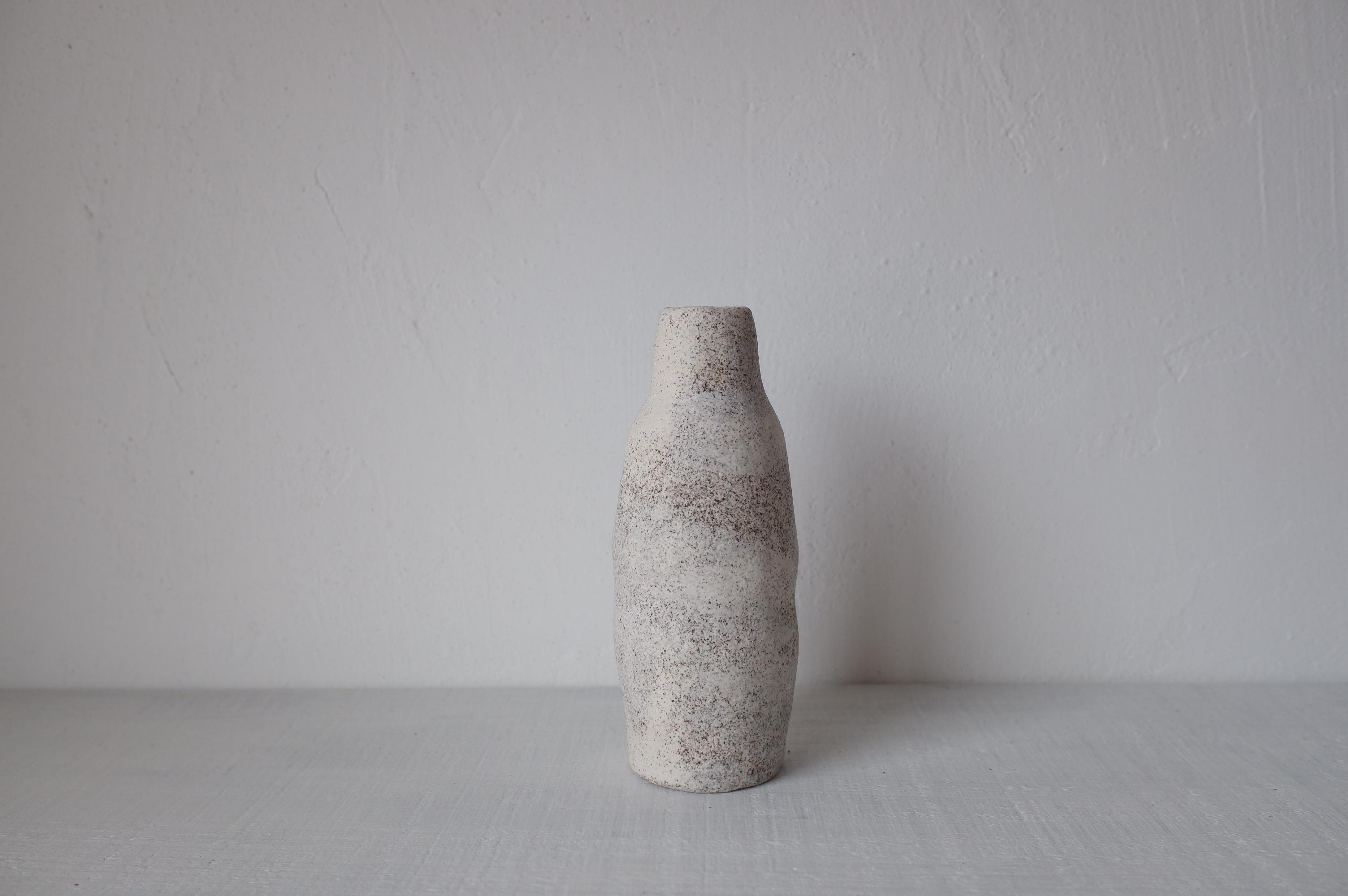 Dona ceramic studio 入江佑子 花器 1