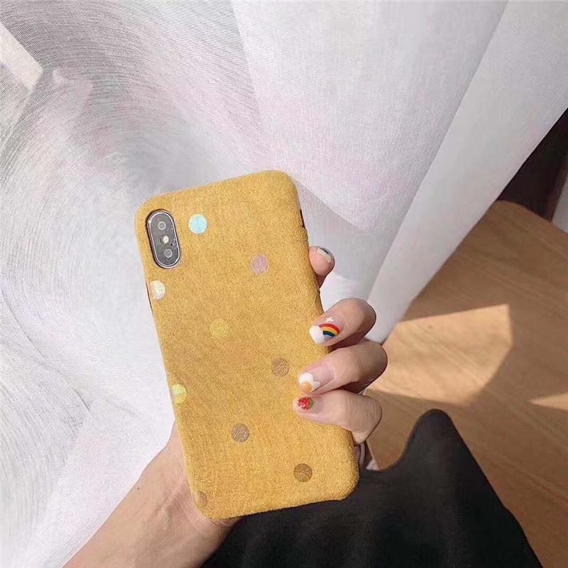 【お取り寄せ商品、送料無料】4カラー かわいい ドット 水玉 スエード調 ソフト iPhoneケース