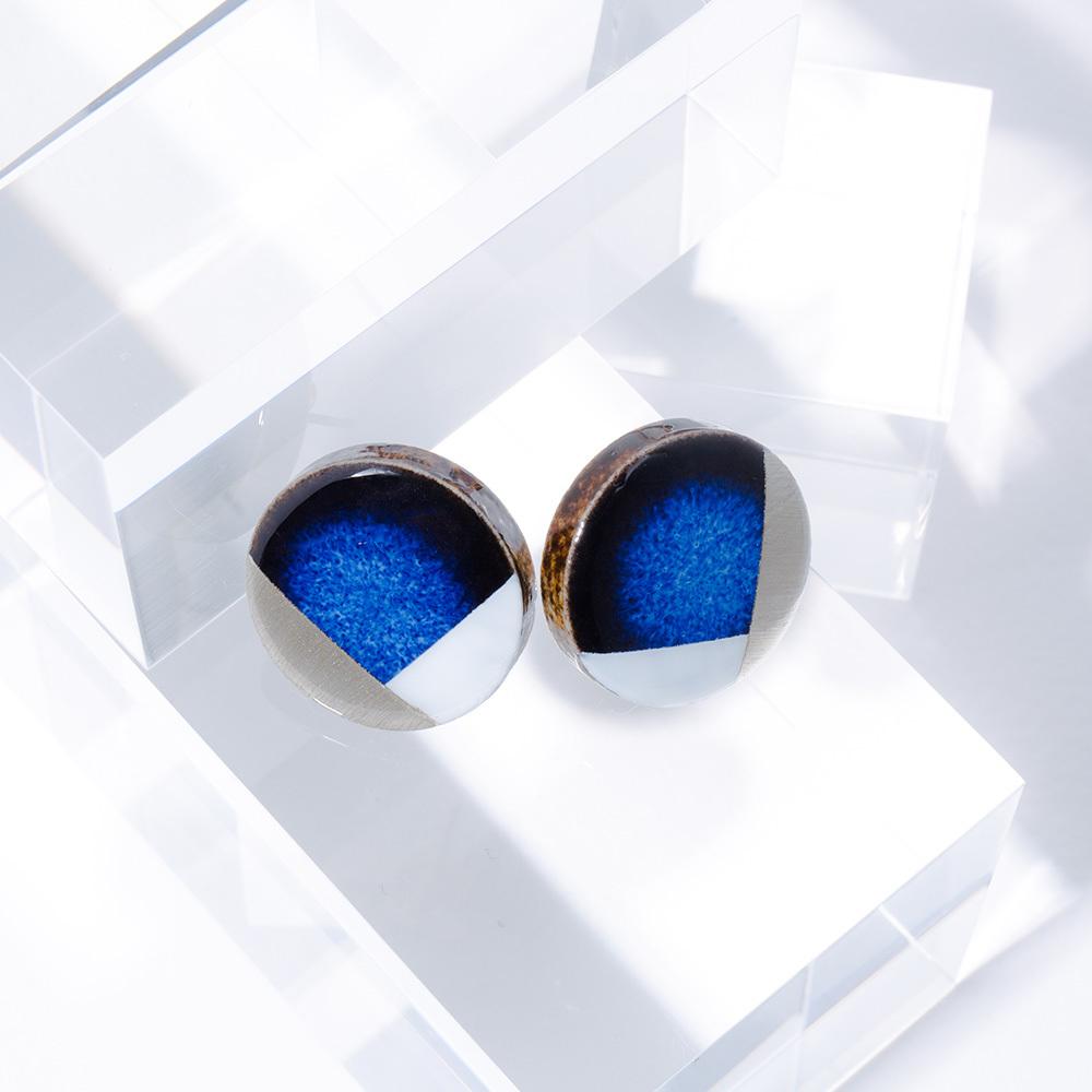 藍色 丸 陶器 イヤリング&ピアス モダン 美濃焼