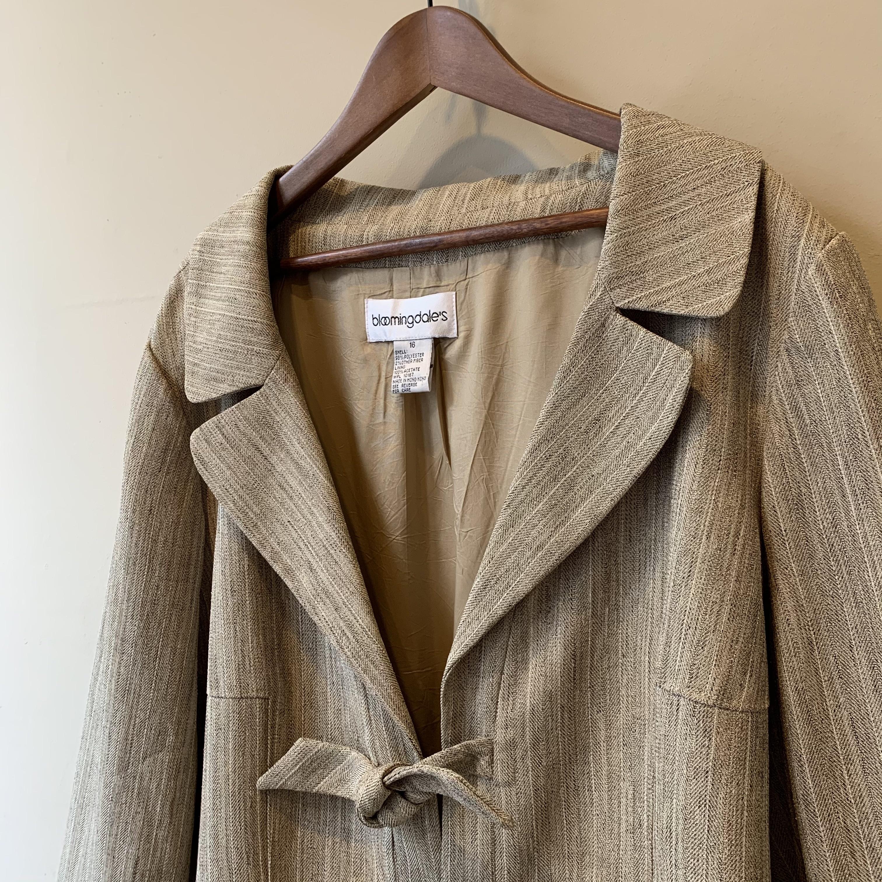 vintage ribbon design jacket