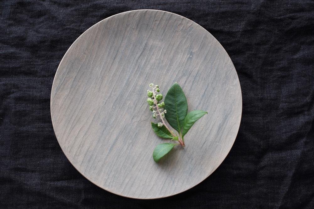 湯浅ロベルト淳 漆の丸皿 白 21cm