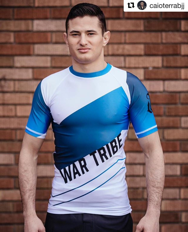 WAR TRIBE GEAR  AGILITY ラッシュガード 半袖 ホワイト/グレー