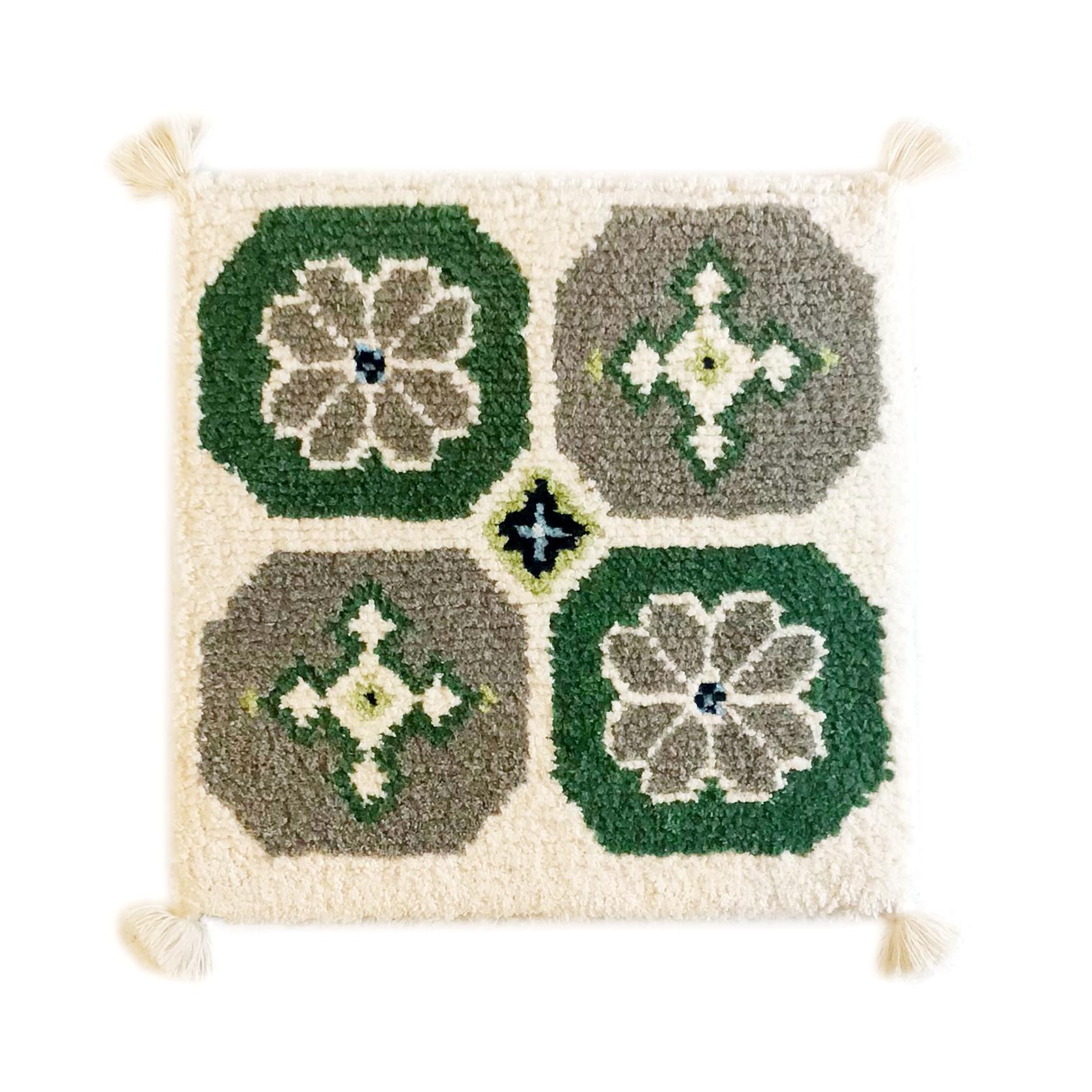 菊十字(緑、茶、生成り)