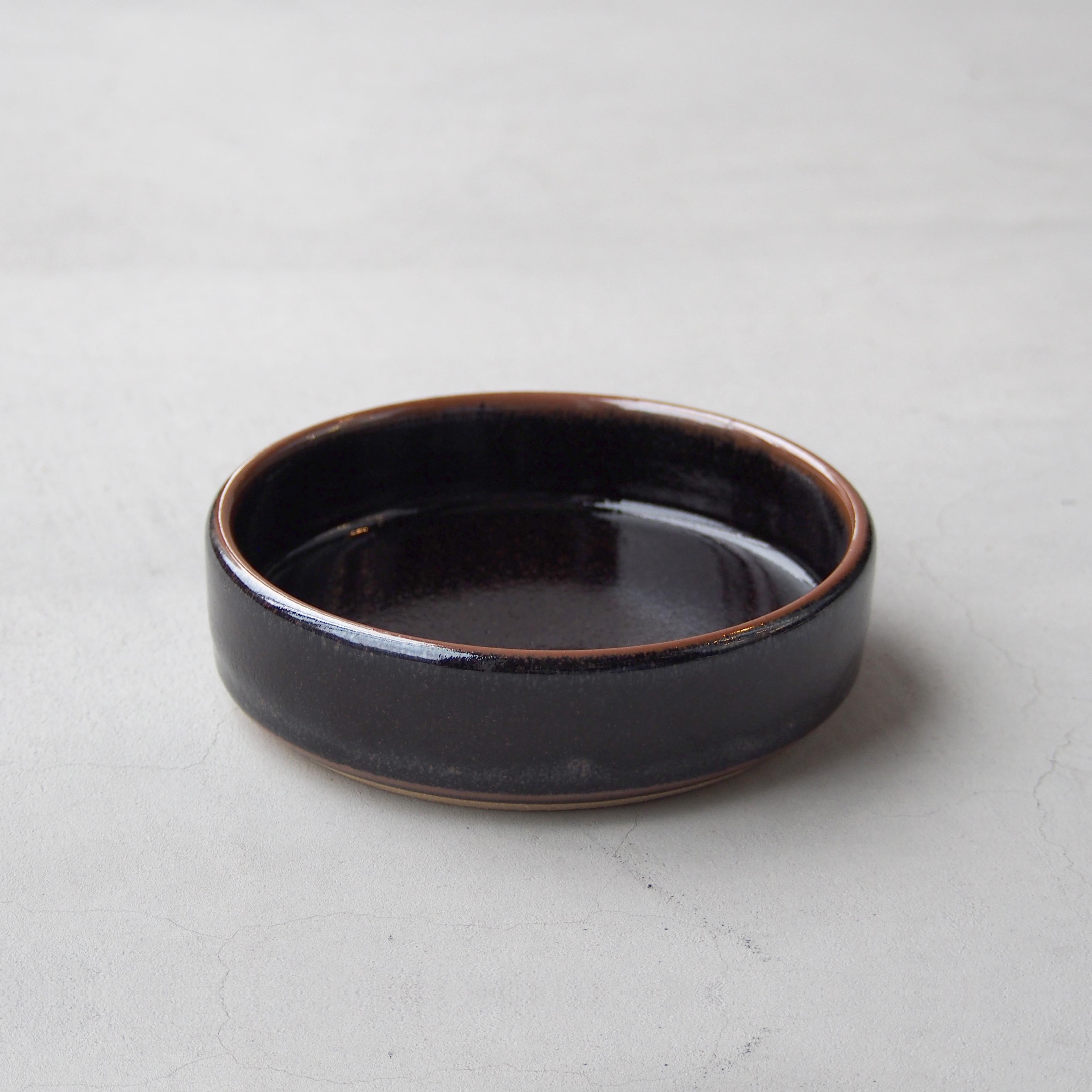 出西窯 浅切立鉢5寸 黒
