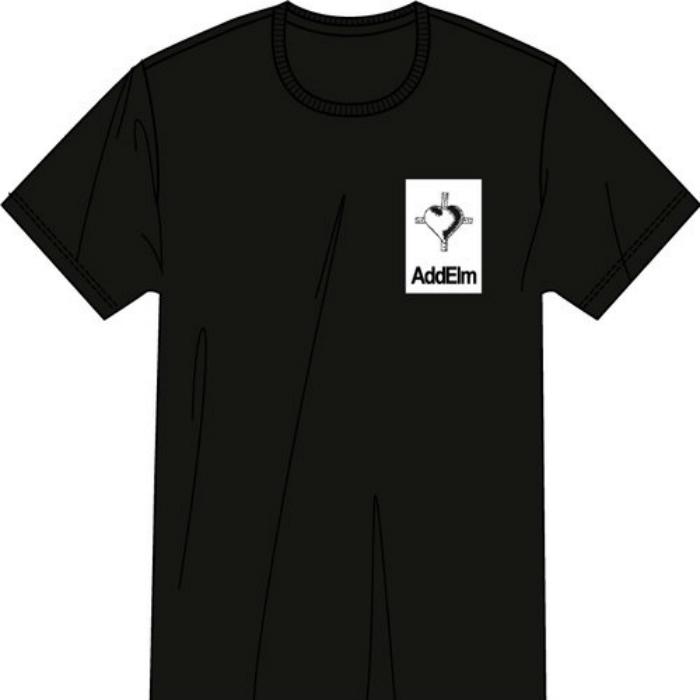 ハートTシャツ(ホワイトorブラック)