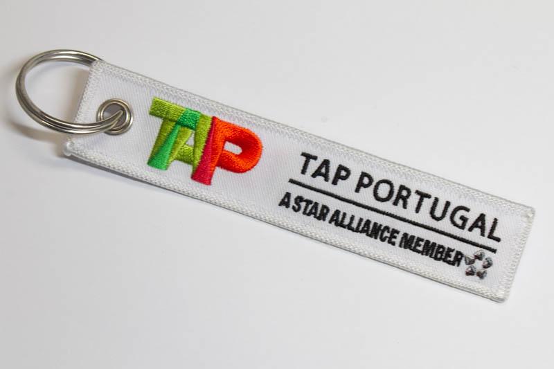 RemoveBeforeFlightキーホルダー TAPポルトガル航空