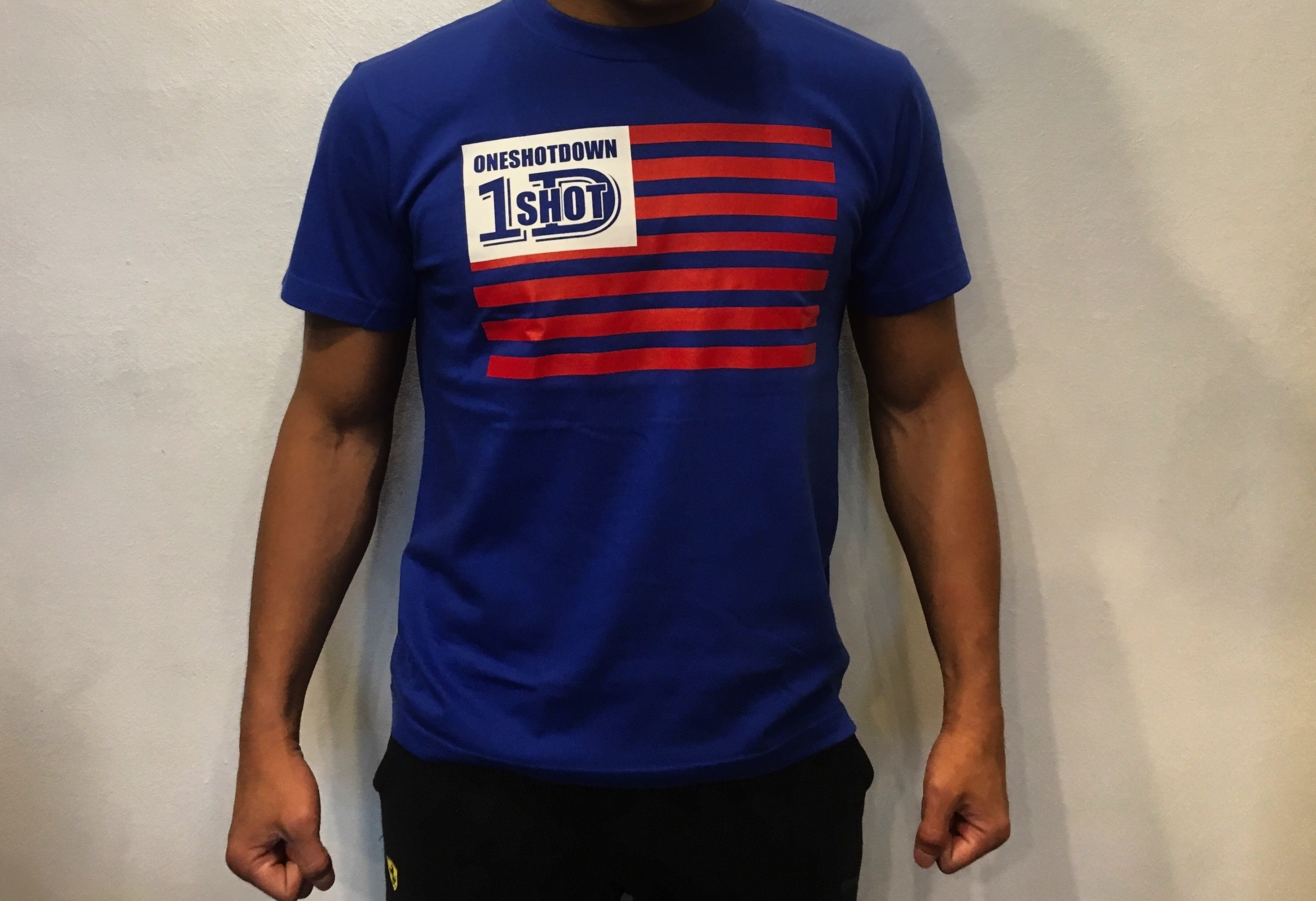 ONESHOTDOWN USA国旗デザインTシャツ - 画像3