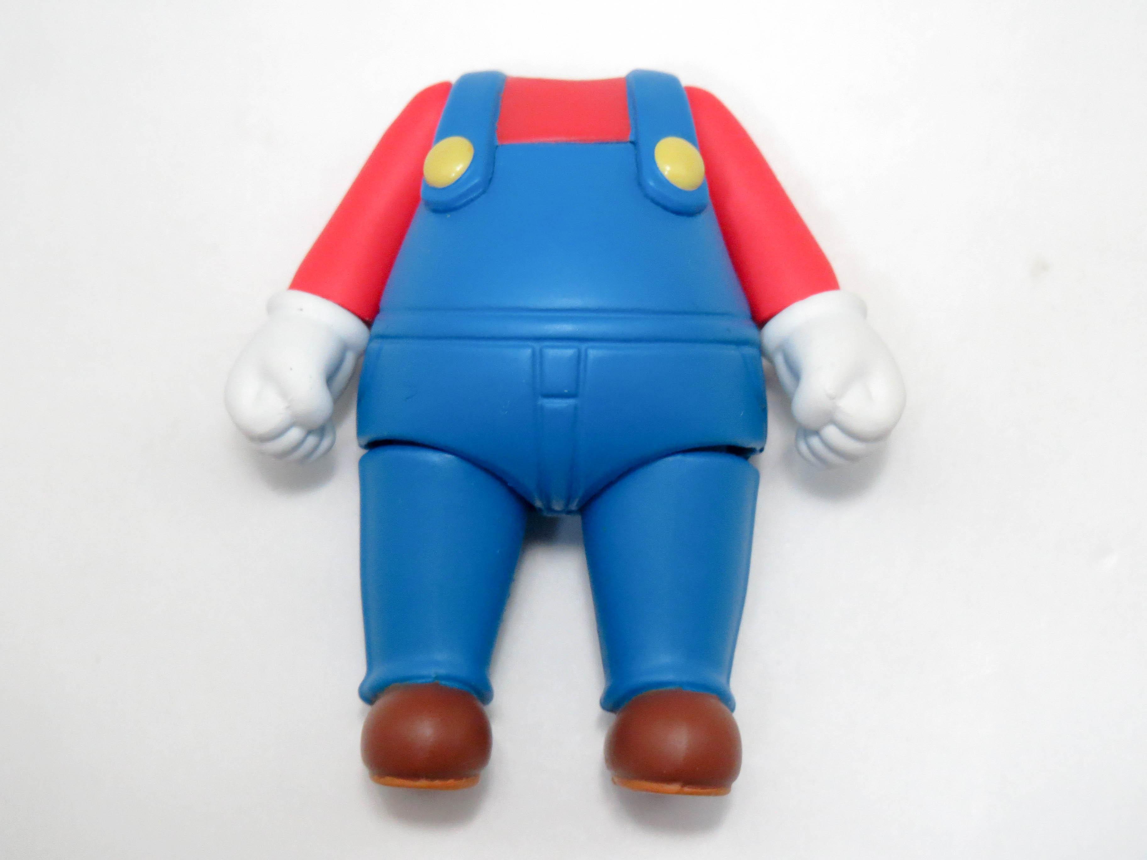 再入荷【473】 マリオ 体パーツ マリオの服 ねんどろいど