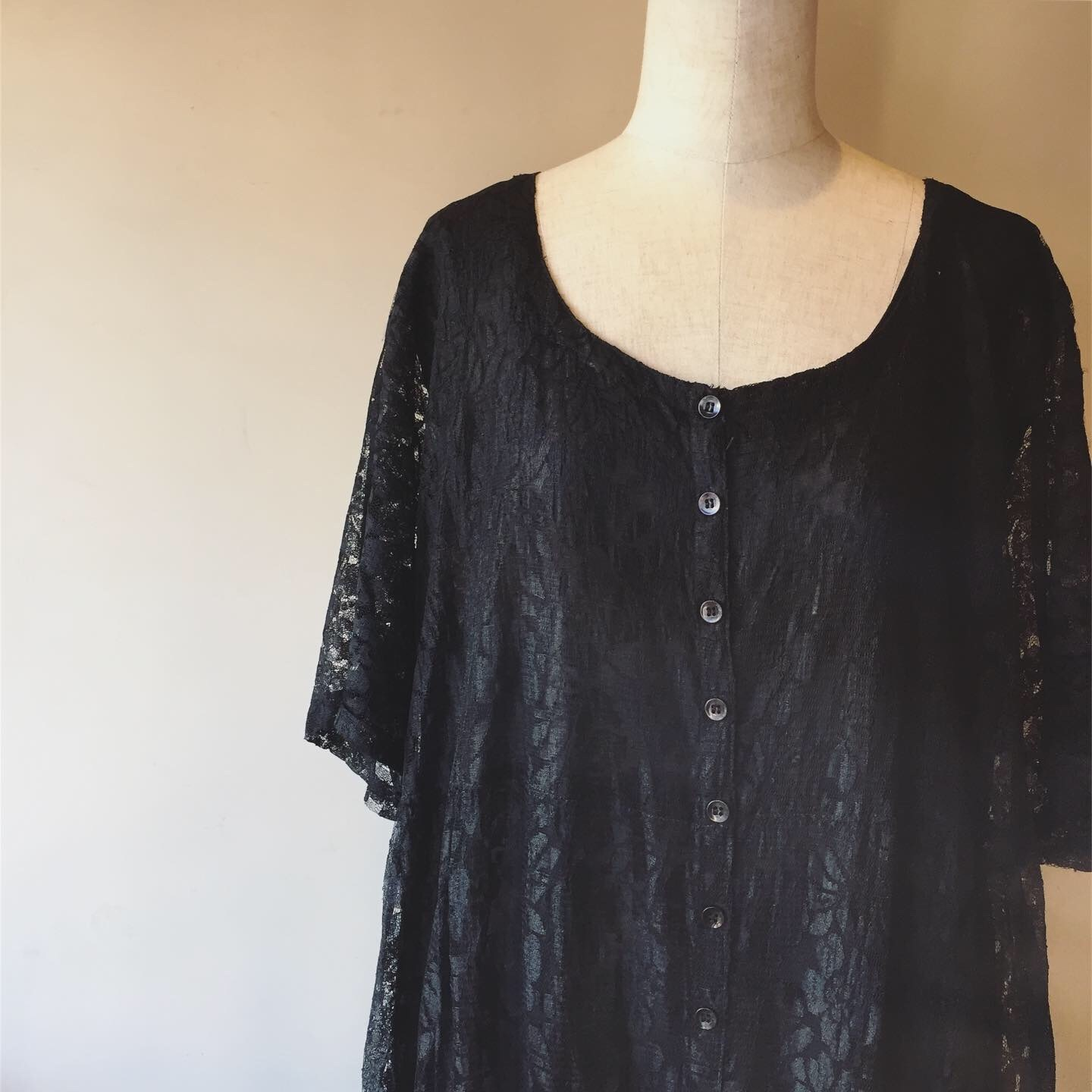 vintage layon lace onepiece