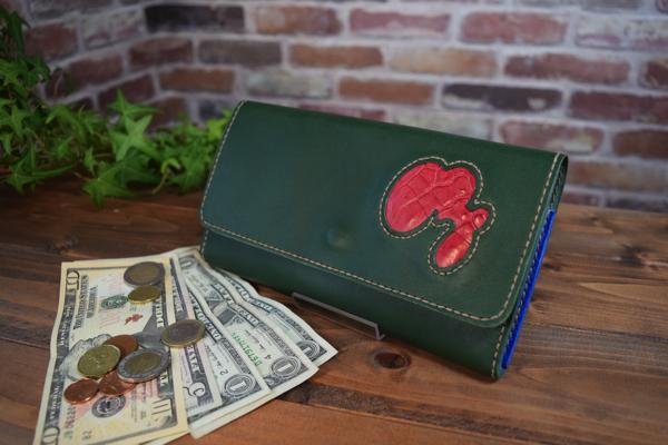【オーダーメイド制作例】かぶせの長財布(スムースレザー)