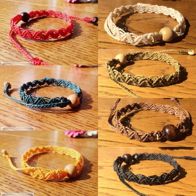 No.010//fine lacy bracelet