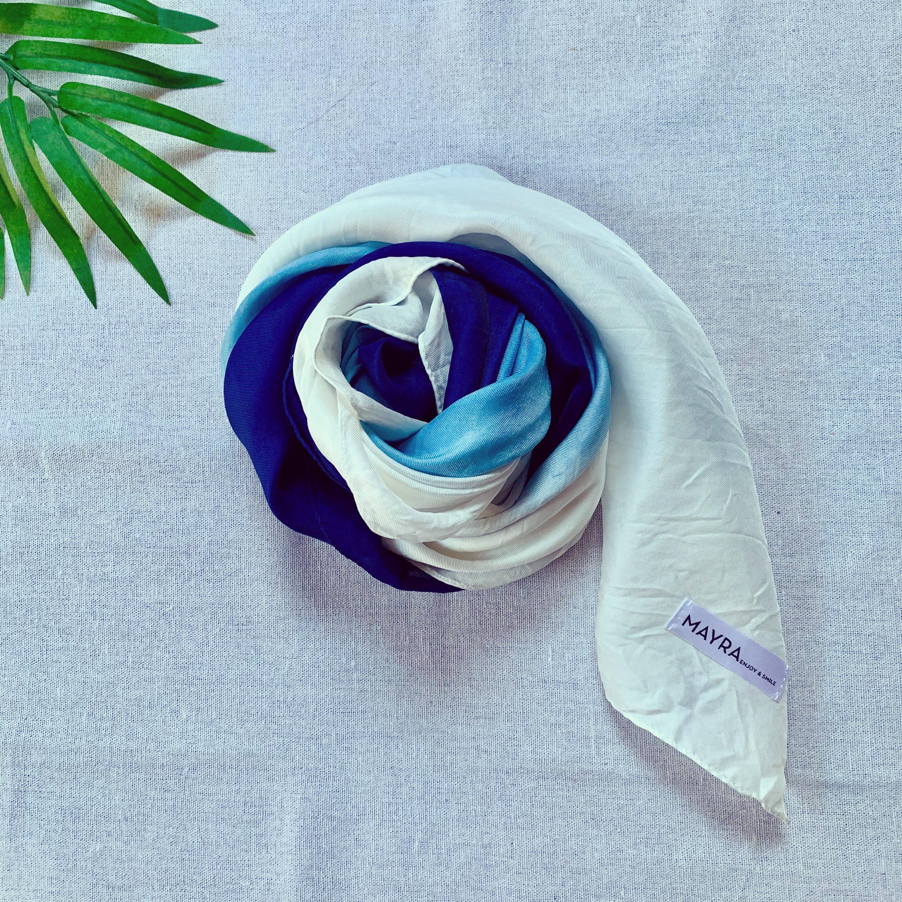 【Japan Blue】【Unisex】藍染シルクスカーフ・3色・日本製シルク・大判