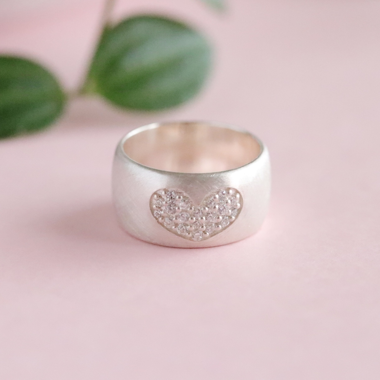 Heart Pave Ring (R18-04)