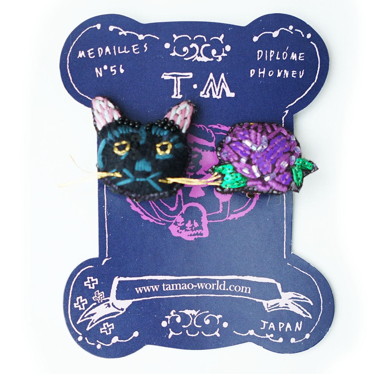 刺繍ピアス/イヤリング(purple黒猫)