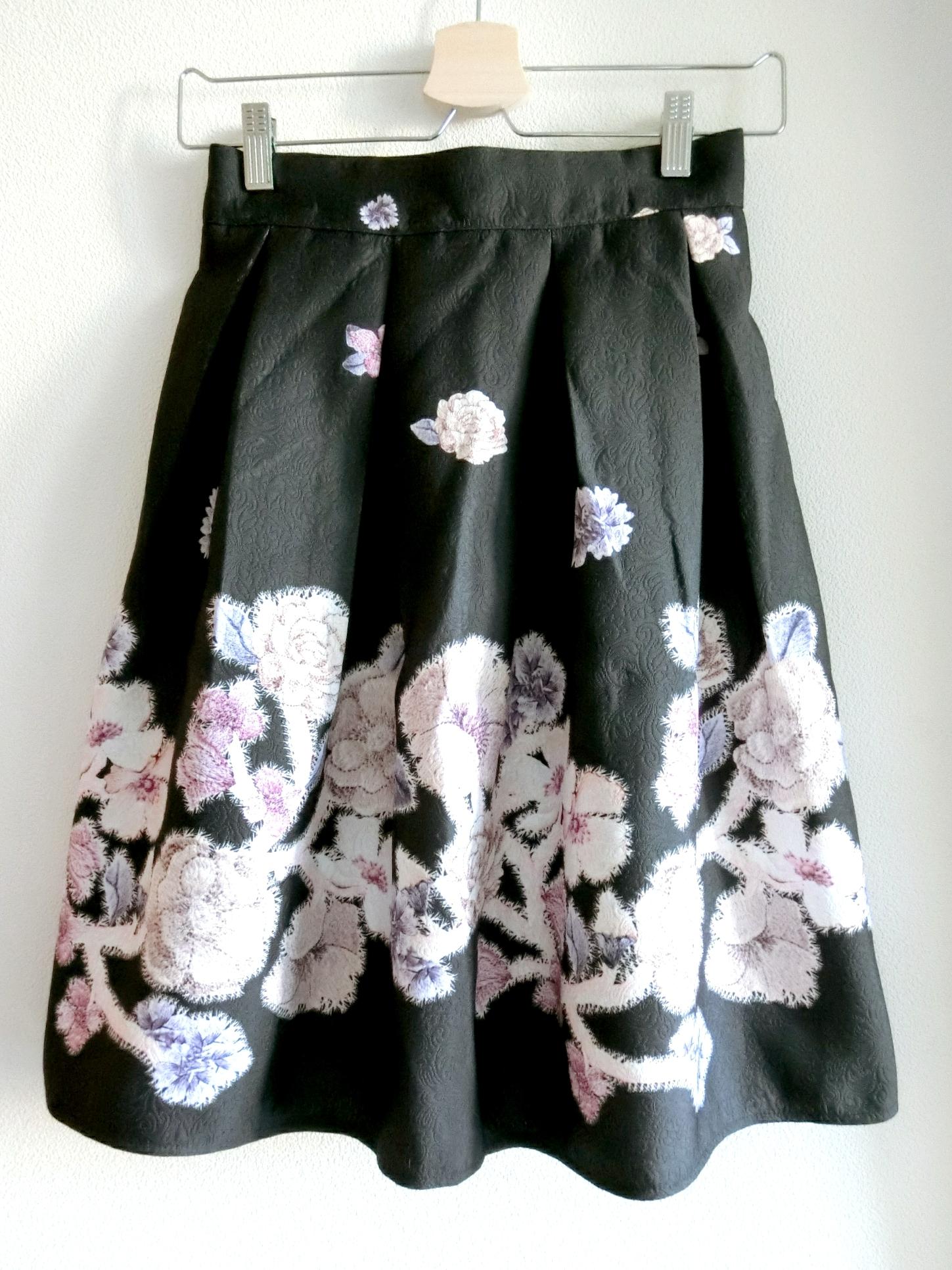 再入荷★かすみお花柄スカート ブラック
