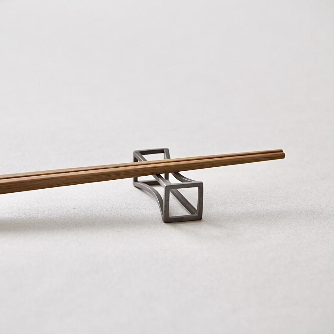 金工天国 / 箸置き