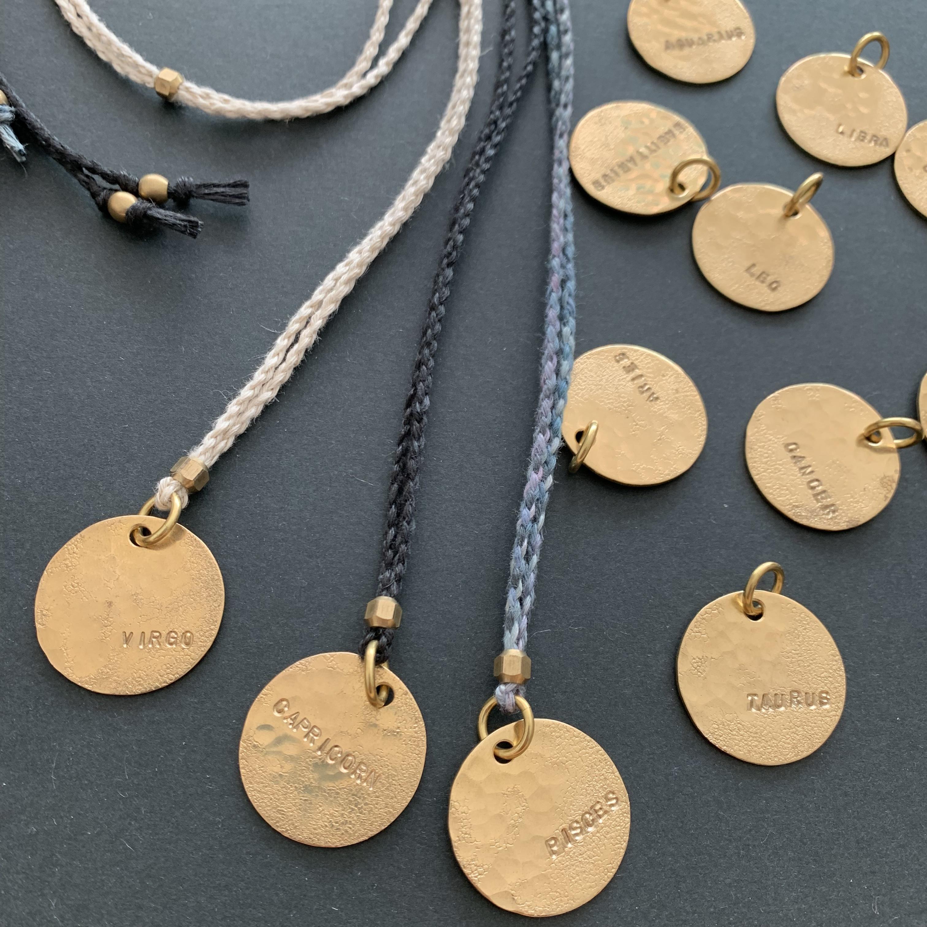 真鍮のペンダント・星座シリーズ+ネックレスが作れる材料セット(種類を選んでください)ネコポス発送可能
