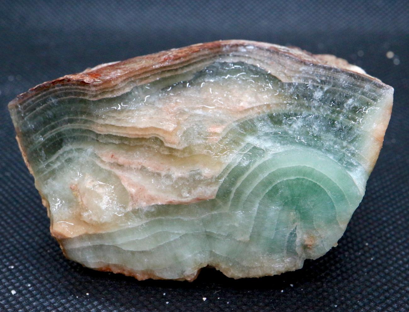自主採掘!カリフォルニア産 フローライト 蛍石 原石 233g  FL024 鉱物 天然石 パワーストーン