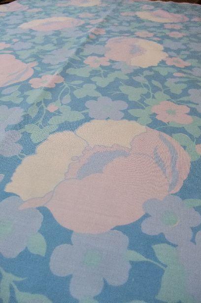 イギリス★青い花柄生地★170cm x 60cm単位